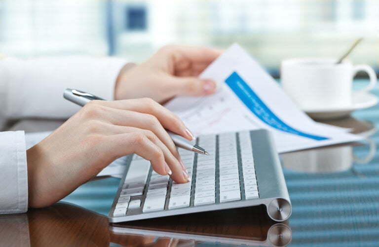 Excel vs Software de facturación | Diseña, gestiona y analiza facturas